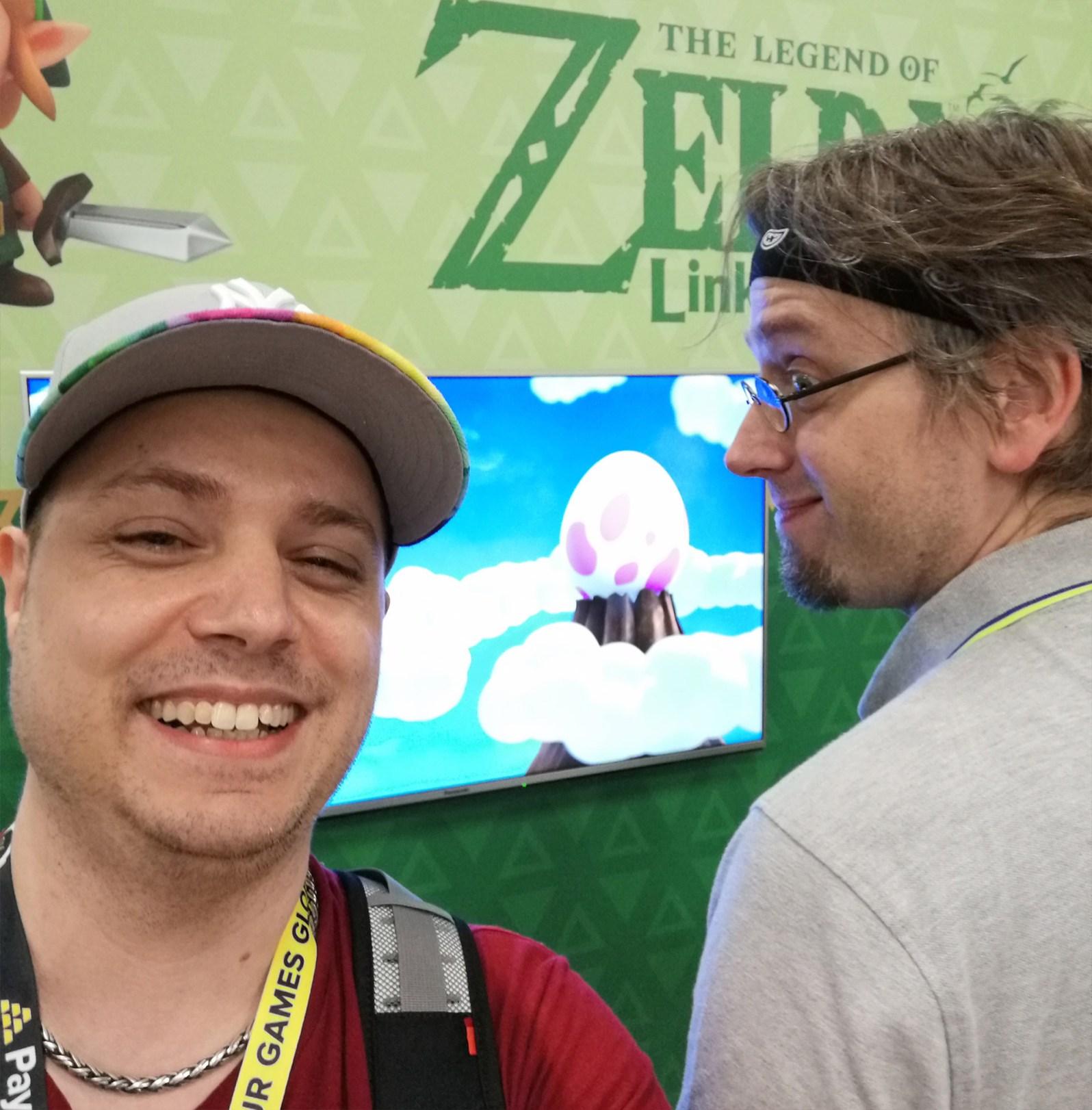 Jean und ich erkunden den Nintendo Messestand in Halle 4.2.