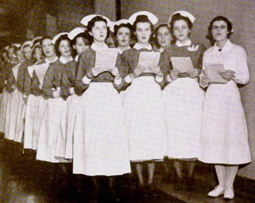 NursesSingingCarols1939
