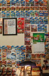 office-wall-with-cars