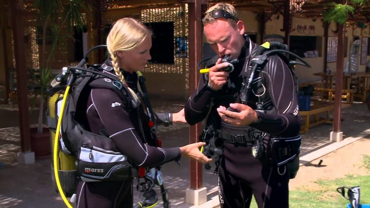 Your Reminder on How To Do The Pre-Dive Safety Check | Video