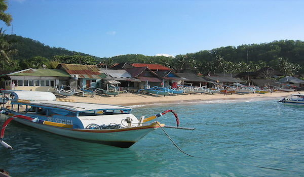 Padang_bai_bali