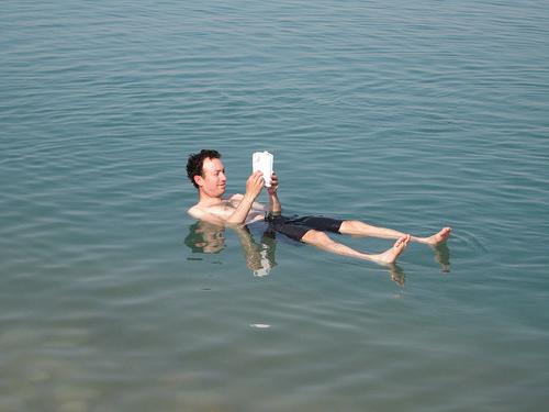 Dead_sea_diving