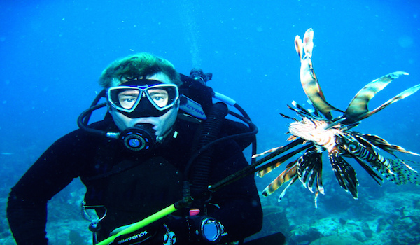 Spear_invasive_lionfish