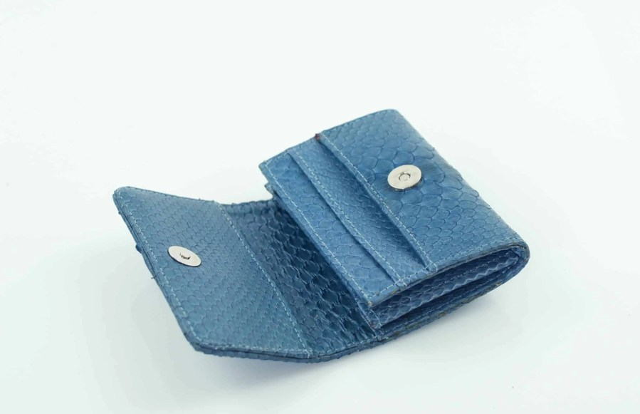 7.4 Light denim mini wallet scaled