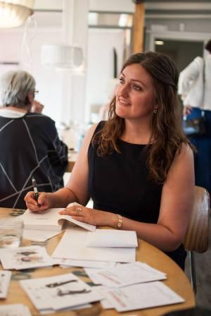 Mette Bærbach Bas signerer Kulturspejlet