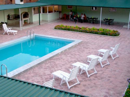 территории гостевого геленджик пансионат лето фото при отсутствии аллергии