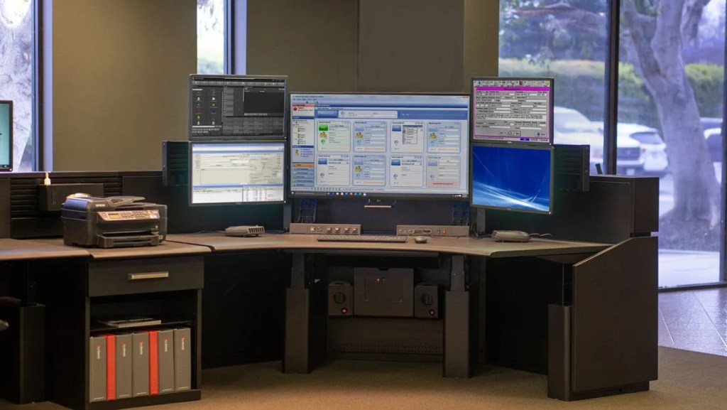 Flex consoles with Slatwall Array