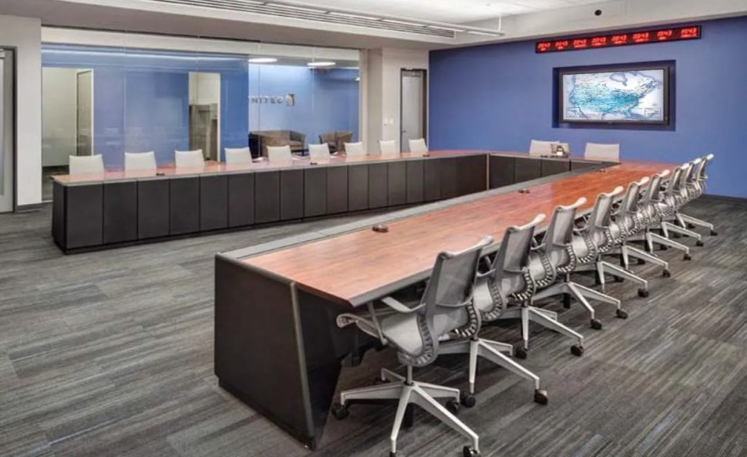Technical Conference Tables That Are Plug and Play