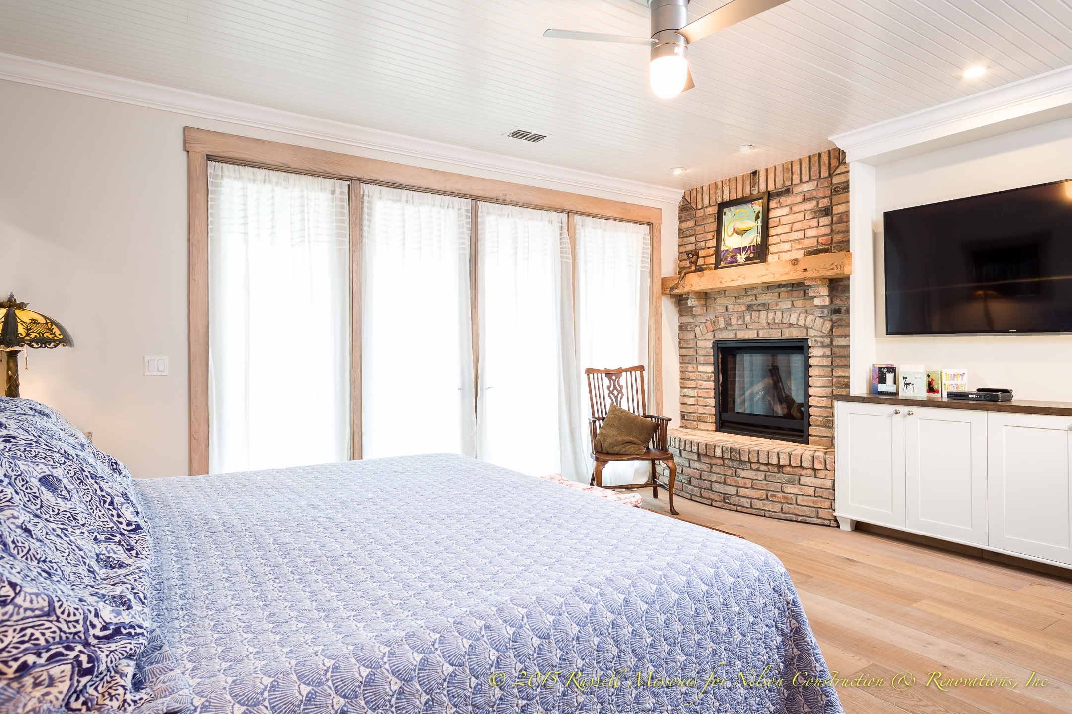 Bedroom with Fire Place