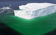 icebergs turn ocean pastures green