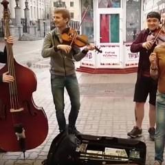 Диляра Умарова, спевшая хит про Путина, попросилась в группу «Ленинград»