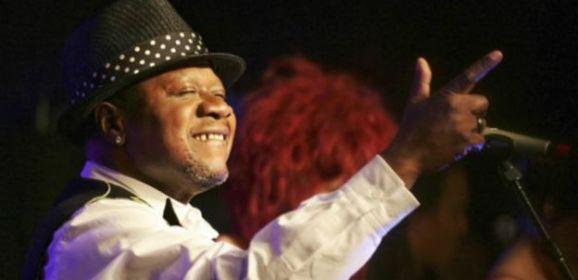 وفاة المغني الكونغولي بابا ويمبا أثناء إحدى حفلاته