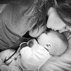 UN supports 'brelfies' to encourage breastfeeding