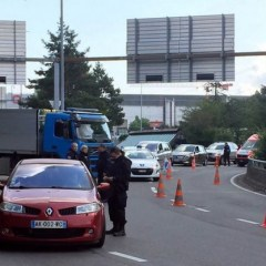 Police tighten security at Geneva airport after French tip-off
