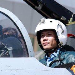 Китайские истребители облетели спорные острова Наньша в Южно-Китайском море
