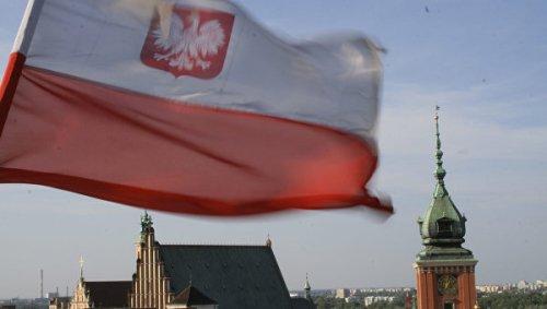 skandalnyy-zakon-o-konstitucionnom-sude-vstupil-v-silu-v-polshe