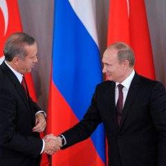 InoPressa (тема дня): Путина и Эрдогана заставляет дружить Сирия