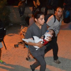 Greece migrant camp rocked by fire, unrest