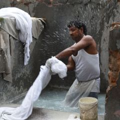 Indian washermen keep tradition alive despite daily grind
