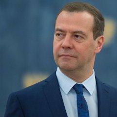 Медведев поздравил Туркмению с 25-летием независимости
