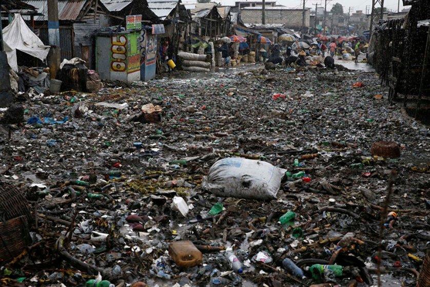 Информация о числе погибших разнится: официально погибло не менее девяти человек во всех этих странах, однако СМИ Доминиканской республики сообщили еще о девяти погибших на Гаити. Пока эта информация не подтверждена.