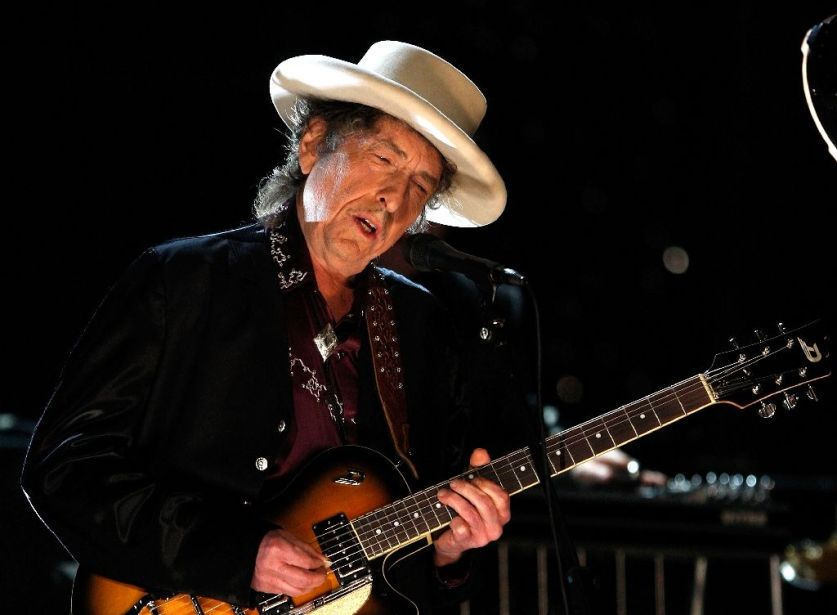 Swedish academy: Dylan says Nobel left him 'speechless'
