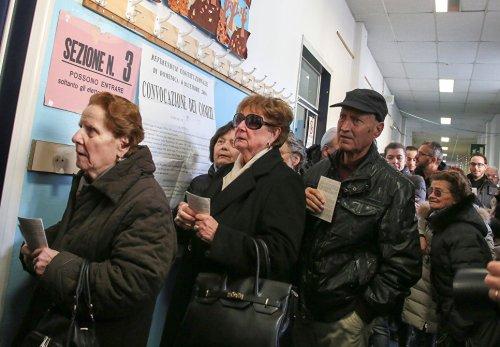Голосование на референдуме по конституционной реформе в Италии. Флоренция, 4 декабря 2016