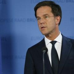 Премьер Нидерландов: Турция должна извиниться за сравнение голландцев с нацистами