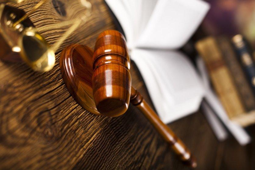 Суд изберет меру пресечения Серебренникову 23 августа