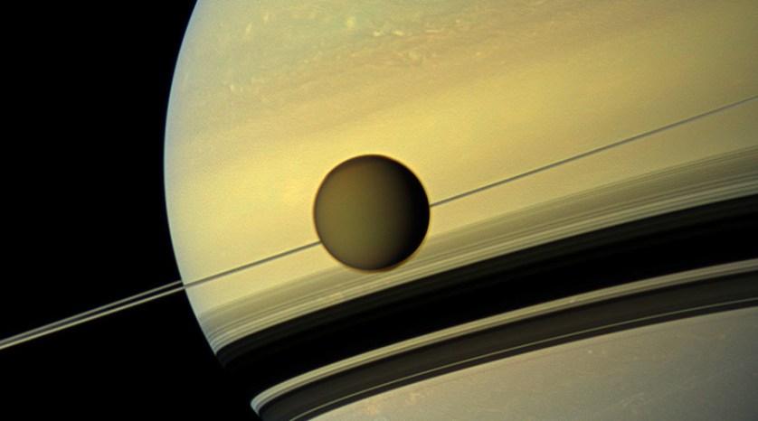 Solar system's weirdest moon: Seas of methane & 'electric sands'