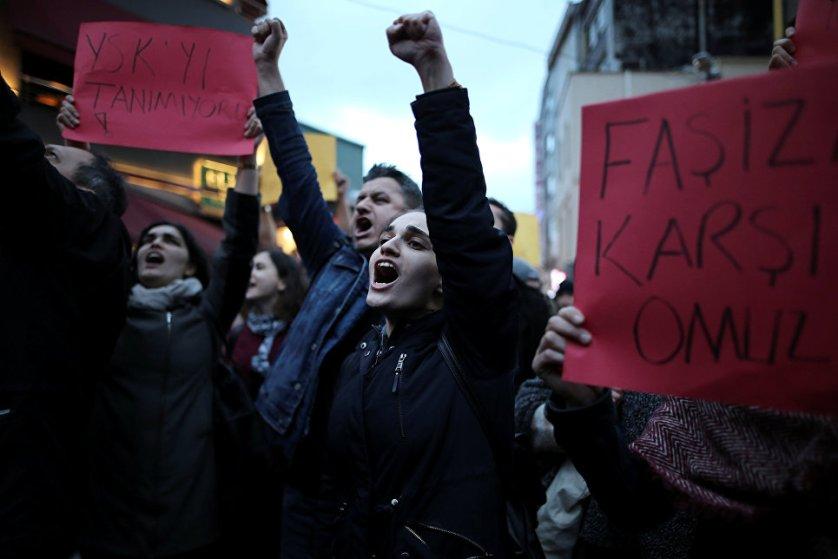 МИД Турции раскритиковал отчет миссии наблюдателей Бюро ОБСЕ, назвав его односторонним, предвзятым и неприемлемым.