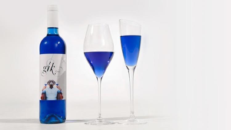 النبيذ الازرق لاول مرة في لبنان