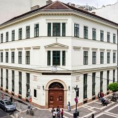 Соросовский университет в Венгрии оказался на грани закрытия