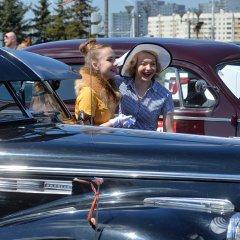 Золотой «жук» и раритетная «Волга»: парад ретроавтомобилей в Минске