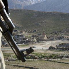 Бойцы иракского ополчения в боях против ИГ* достигли сирийской границы