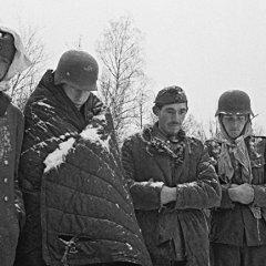 Вот с таким обессилевшим войском Гитлер напал на Москву