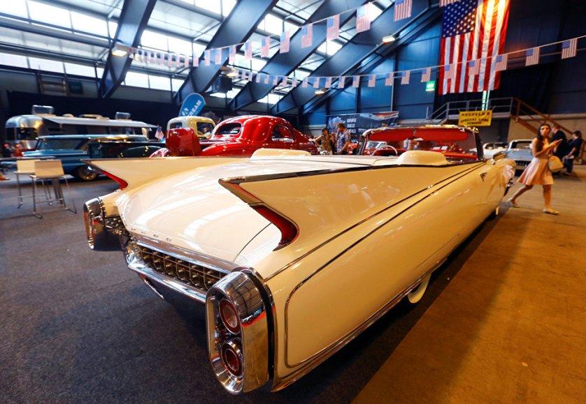 Автомобиль Cadillac Eldorado Biarritz Cabriolet 1960 года предлагали купить за 190 тысяч американских долларов.