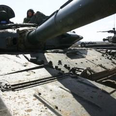 Запад против России: военная развязка всё ближе