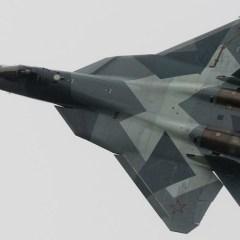 """شويغو: طالما كانت بحوزتنا مقاتلة """"تي-50"""" وصواريخ """"إس-500"""" لا داعي للنووي"""