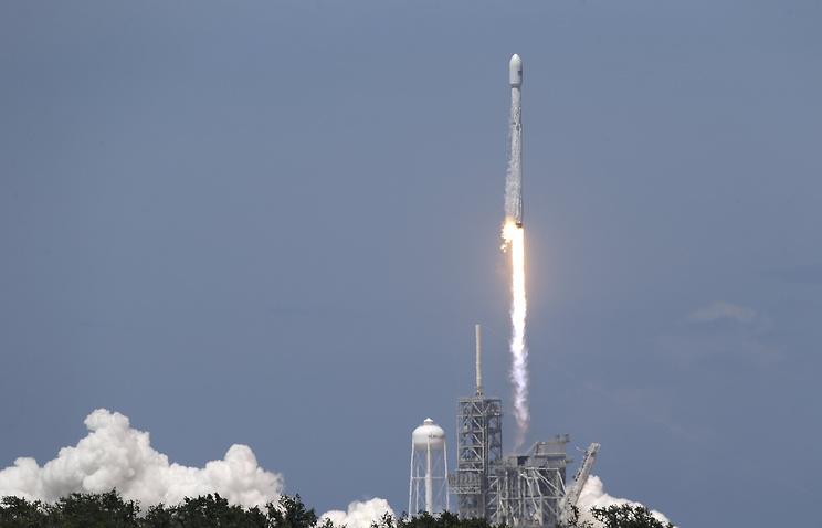 SpaceX запустила спутники с рекордно коротким интервалом