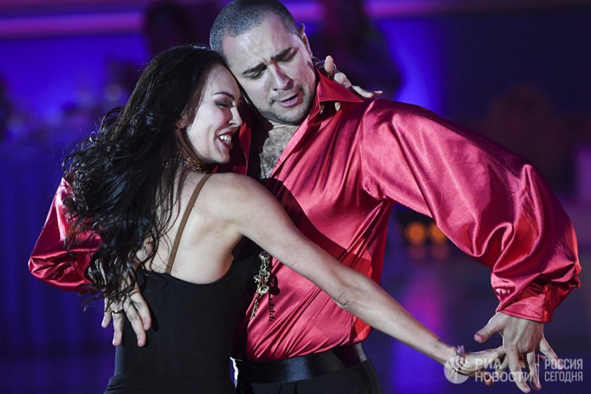 В конце вечера любой зритель мог выйти на паркет и исполнить свой танец-импровизацию при поддержке лучших танцоров мира.