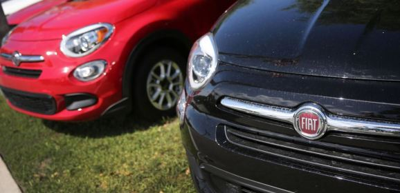 فيات متهمة باستخدام أجهزة للتحكم بانبعاثات سياراتها