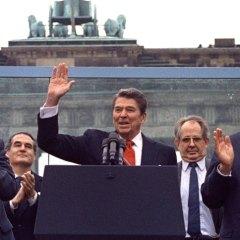 Der Spiegel (Германия): Спичрайтер президента Рейгана: «Мы не хотели изобличать Горбачева»
