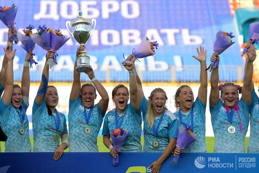Женская сборная России по регби-7 выиграла казанский этап Гран-при и защитила титул чемпионок Европы.