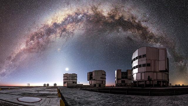 Ученые выяснили, что порождает загадочные гамма-лучи в центре Галактики