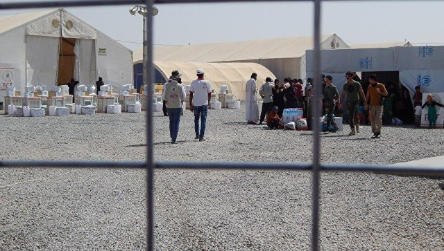 Жертвы ИГ* и их палачи вынуждены жить вместе в лагерях для беженцев в Ираке