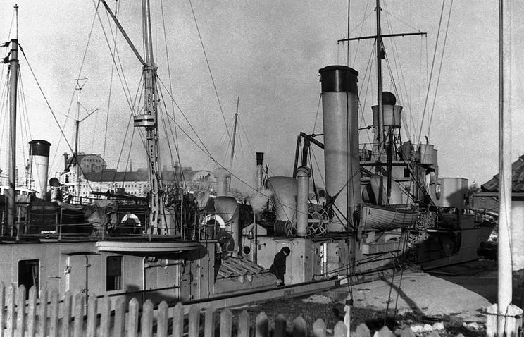 """Корабль """"Президент Сметона"""", 1939 год."""