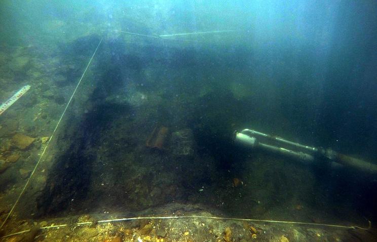 На раскопках подводного античного города Акра в Черном море нашли женский гребень