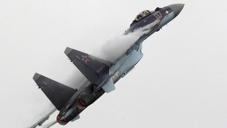 """""""سوخوي- 35"""" لوحدها وجها لوجه أمام المقاتلات الأمريكية"""