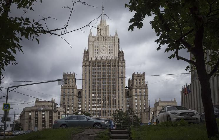 МИД РФ требует от властей Украины незамедлительно предоставить консульский доступ к Агееву